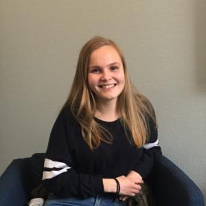Kristine (19 år)